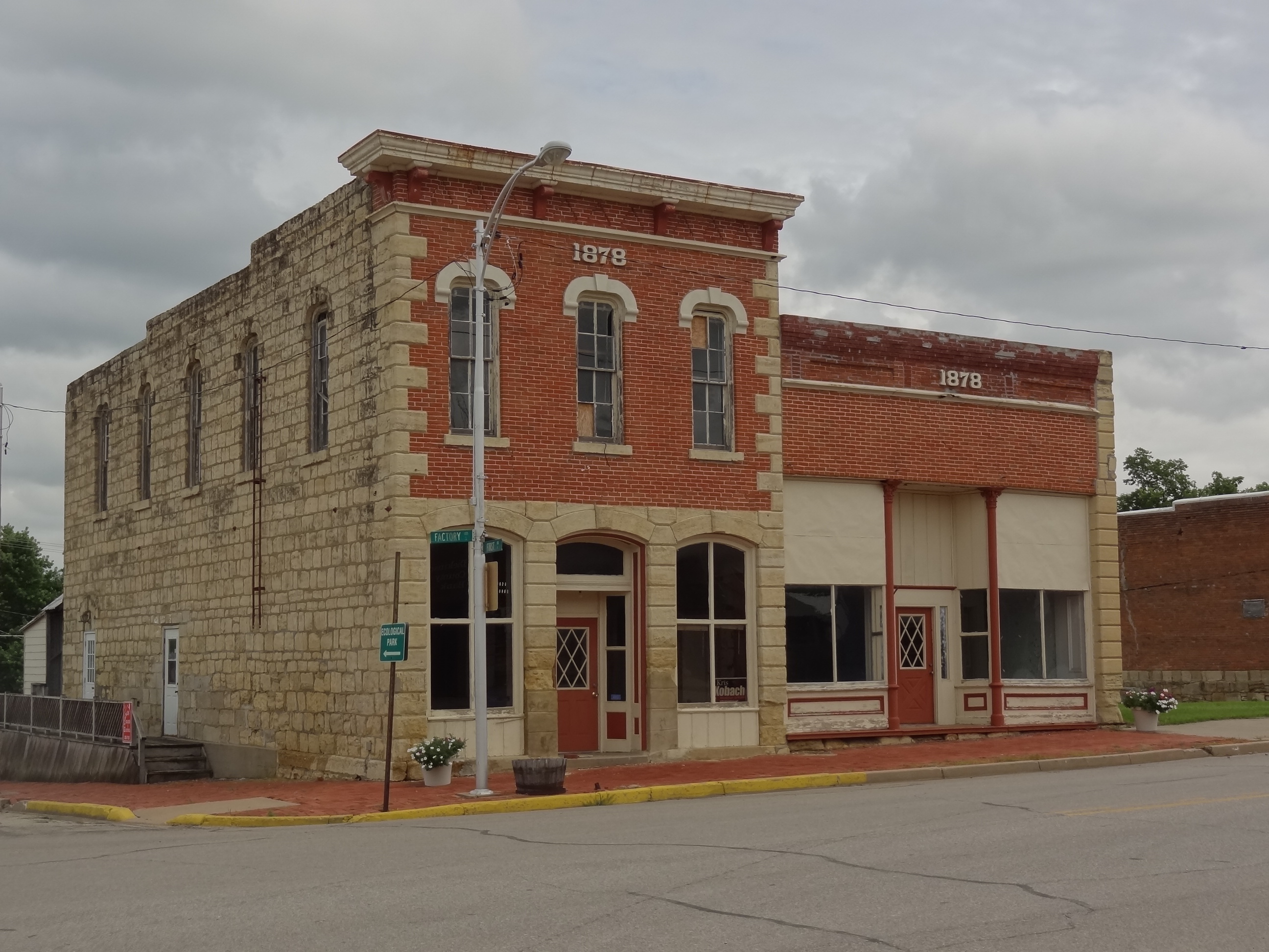 Kansas dickinson county abilene - Patriotic Silo Near Abilene Ks